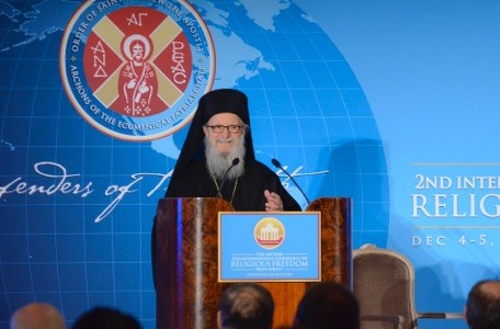 Archbishop Demetrios addressing the Archons