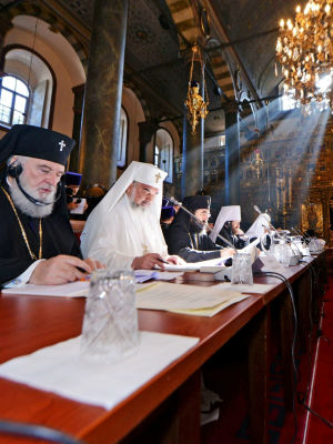 "The patriarchs called for ""peaceful negotiations and prayerful reconciliation in the ongoing crisis in Ukraine"" and denounced what they said were ""threats of violent occupation of sacred monasteries and churches"" there."