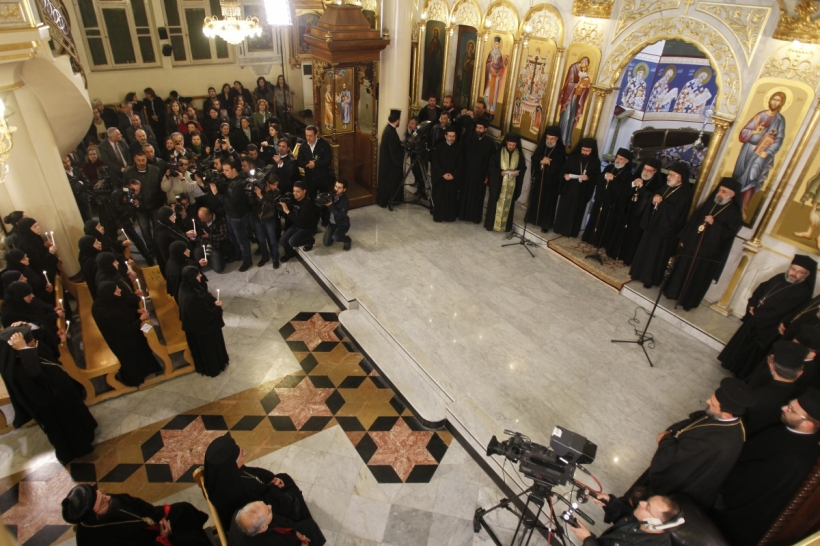 A view shows a prayer of thanks after the release of nuns at the Holy Cross Church in Damascus March 10, 2014.About a dozen nuns held by rebels in Syria for more than three months were released on Sunday and arrived back in Syria after traveling through Lebanon, officials and witnesses said. Witnesses at the Syrian border with Lebanon said the nuns arrived at the crossing early on Monday and headed toward Damascus in a minibus.PHOTO: REUTERS / KHALED AL-HARIRI